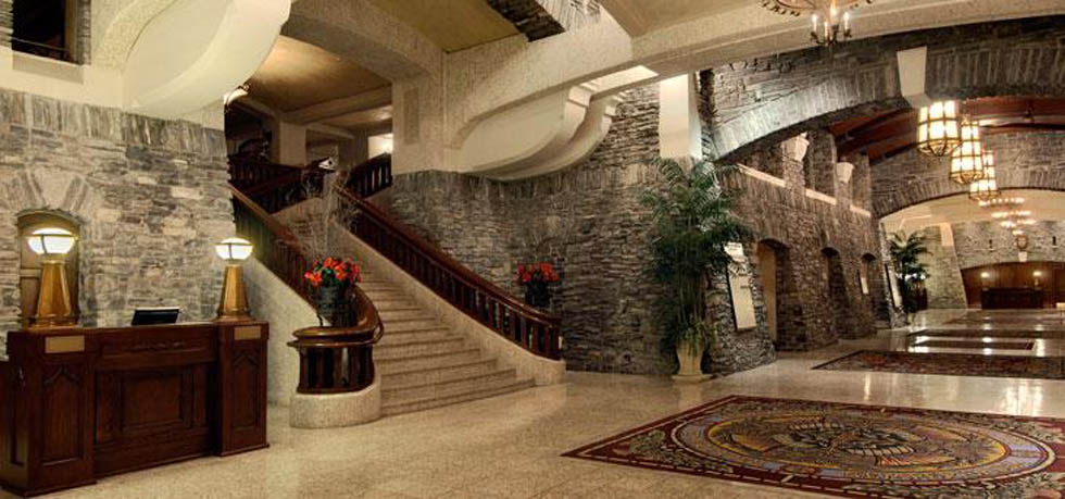 Fairmont-Banff-Springs-lobby